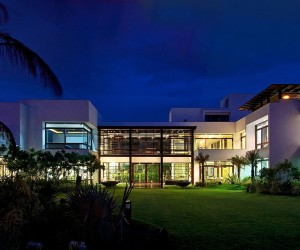 Contemporary House in Ahmedabad, India by Hiren Patel Architects