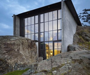 The Pierre on San Juan Island by Olson Kundig Architects