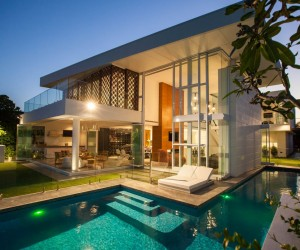 Stunning Waterfront Home in Queensland, Australia