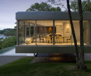 Elegant Glass and Steel Retreat on Shelter Island, New York