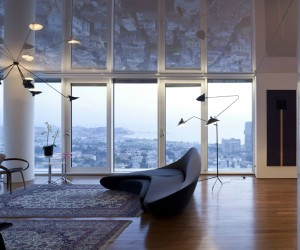 Elegant Apartment with a Reflective Ceiling in Tel Aviv, Israel