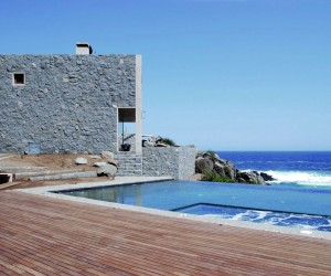 Oceanfront Holiday Houses in Punta Pite, Chile