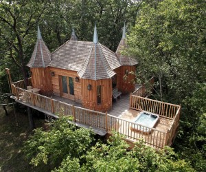 Fairytale Treehouses in Nojals-et-Clotte, France