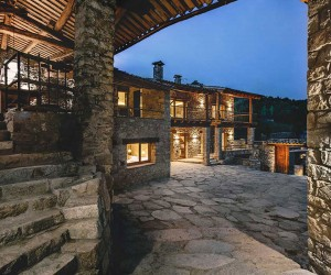 Home and Guest Pavilions in La Cerdanya, Catalonia, Spain