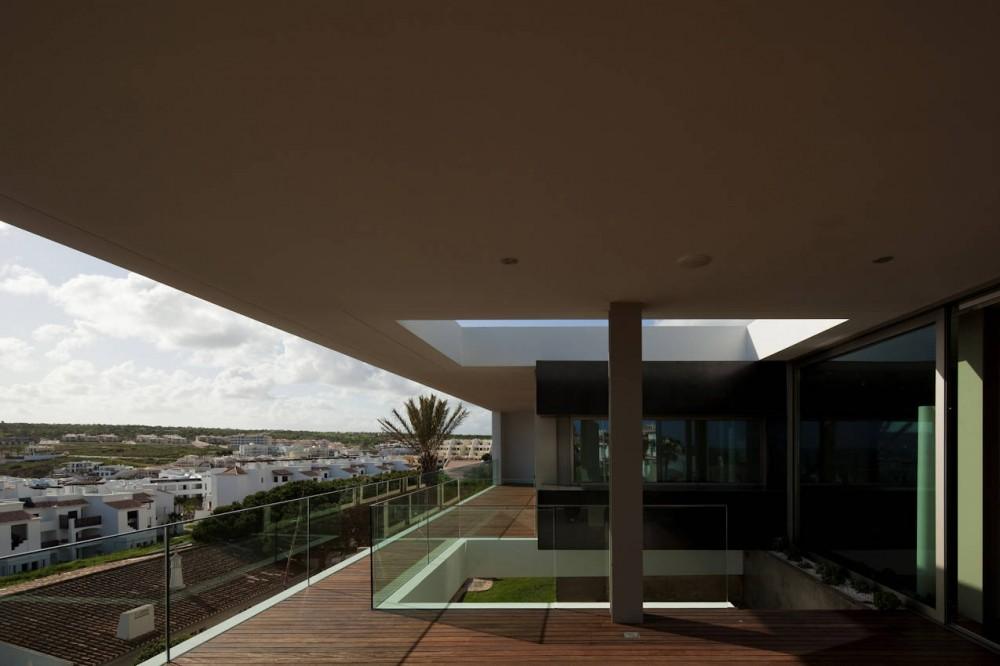 Balcony, House In Lagos
