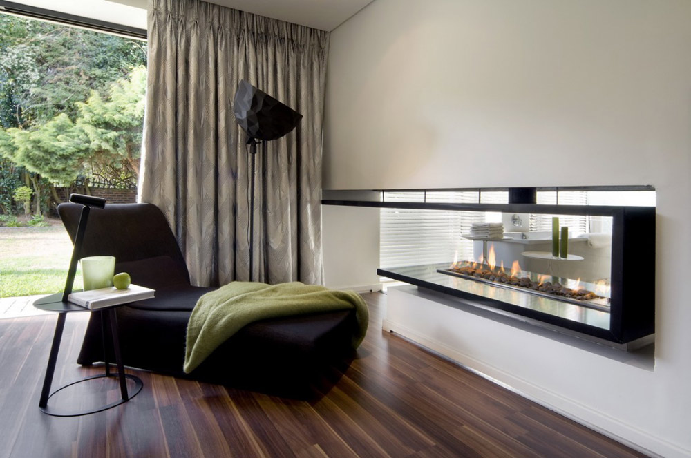 Bedroom & Fireplace Through to Bathroom - Moss Oaklands Residence
