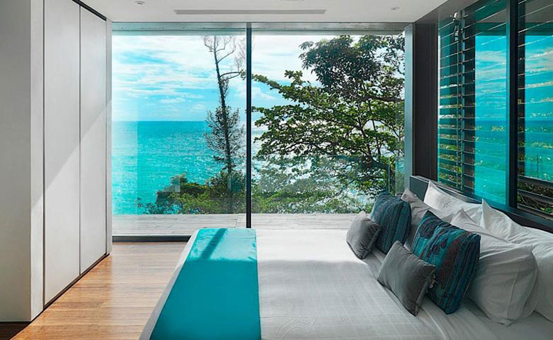 Villa Amanzi, beadroom with fabulous sea views