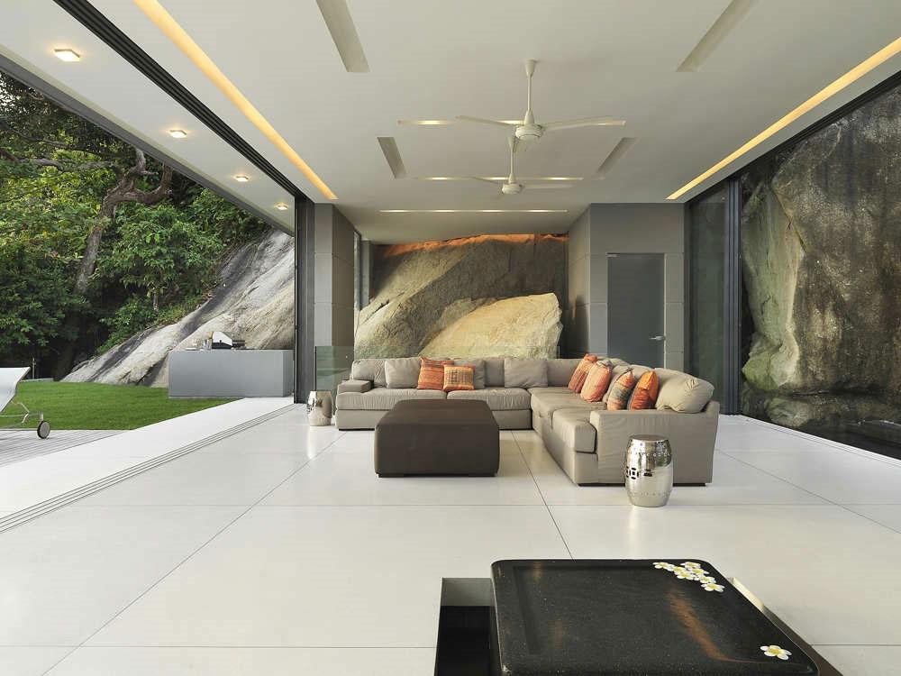 Villa Amanzi, open plan living space