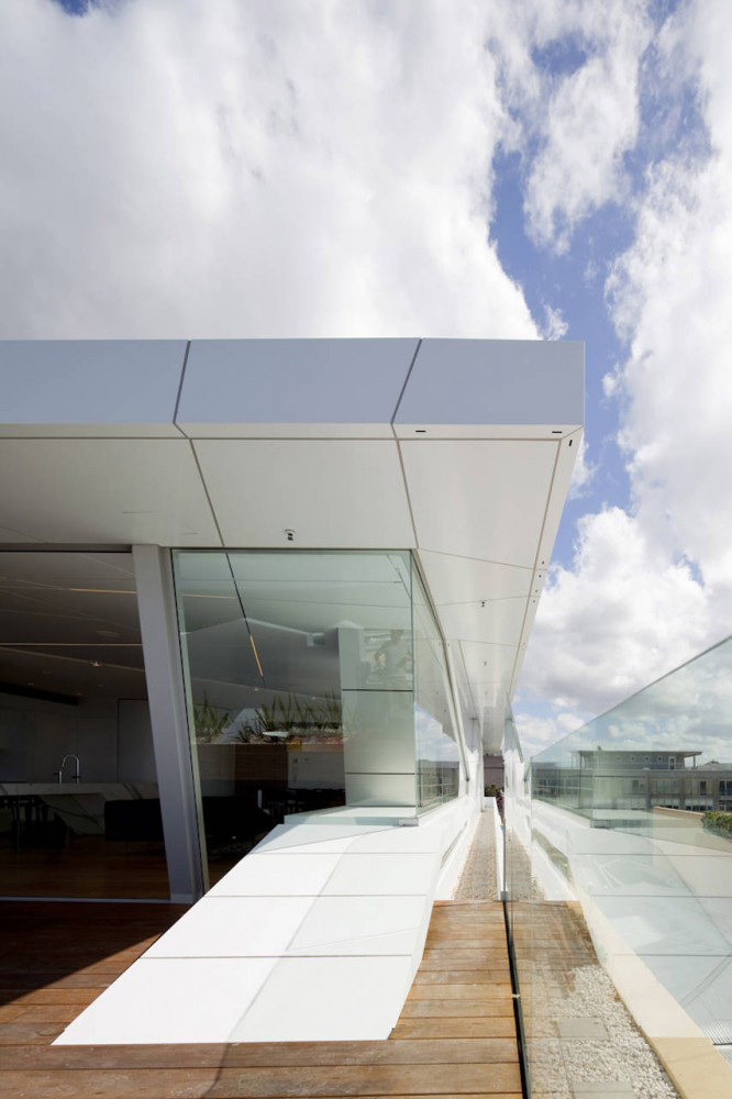Terrace, Bondi Penthouse by MPR Design Group