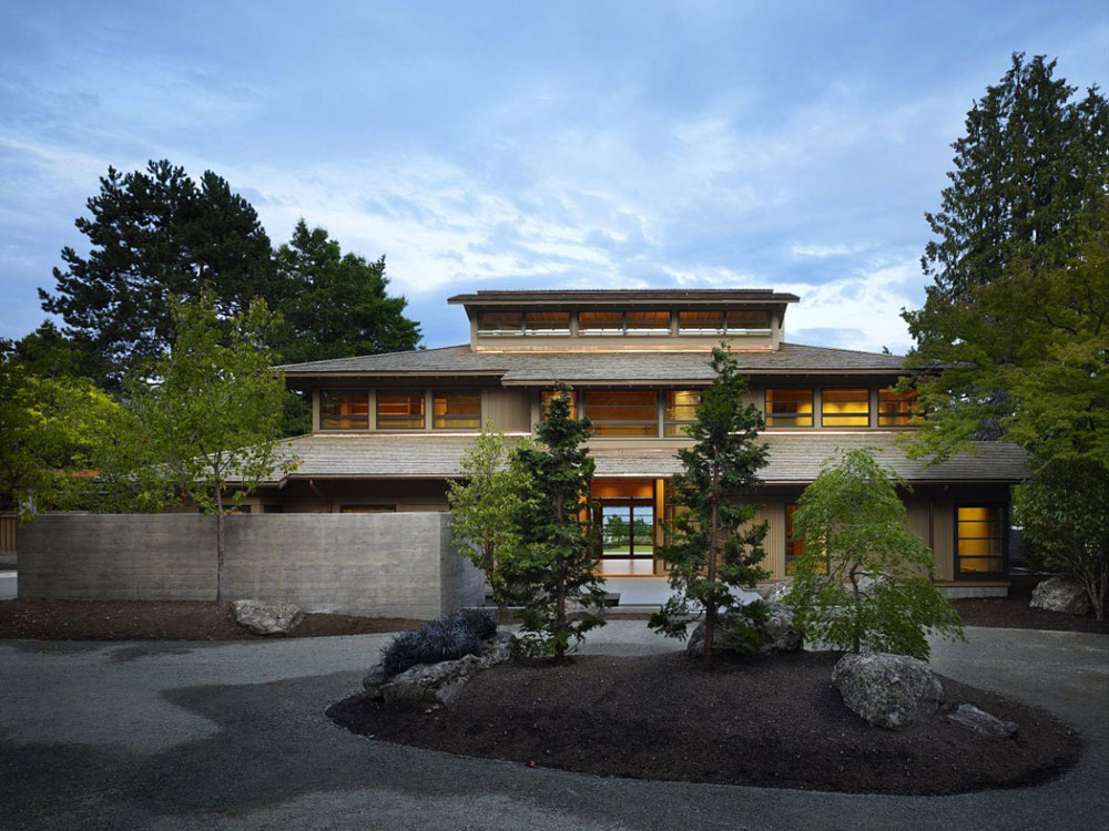 Engawa House by Sullivan Conard Architects