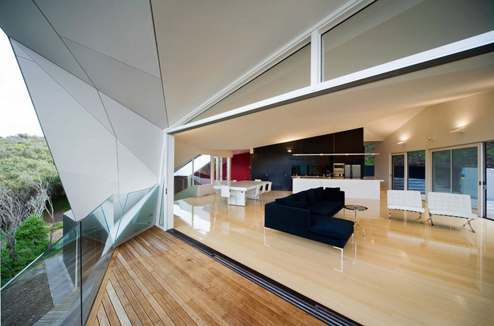 Terrace, Klein Bottle House by McBride Charles Ryan