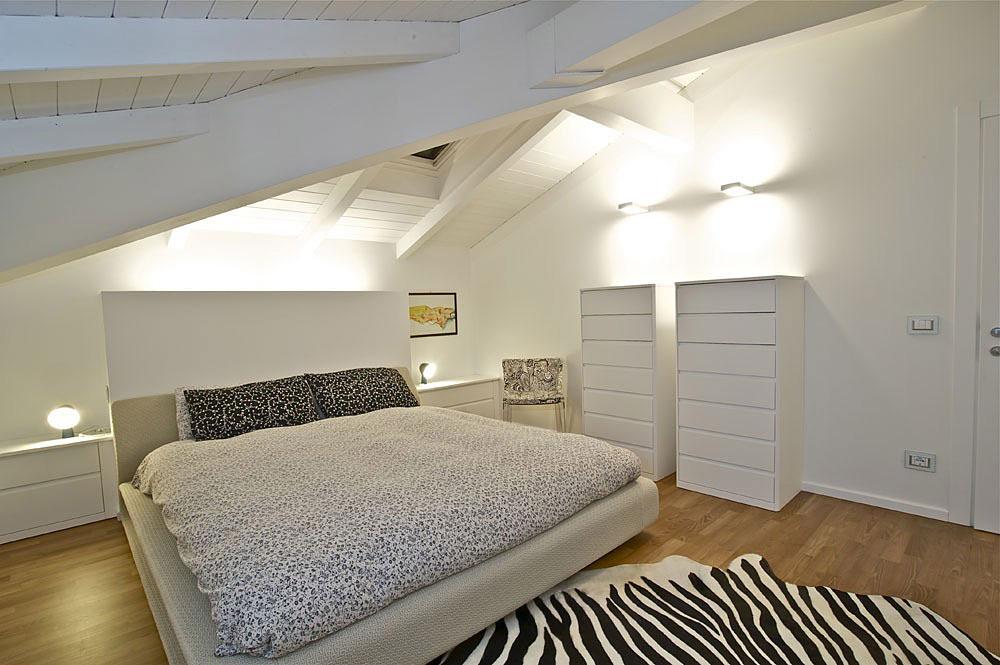 Bedroom, Penthouse in Sondrio, Italy by Fabio Gianoli