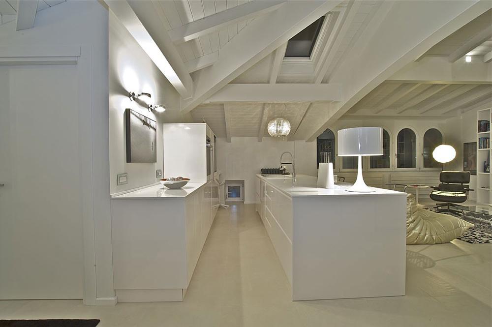 Kitchen, Penthouse in Sondrio, Italy by Fabio Gianoli