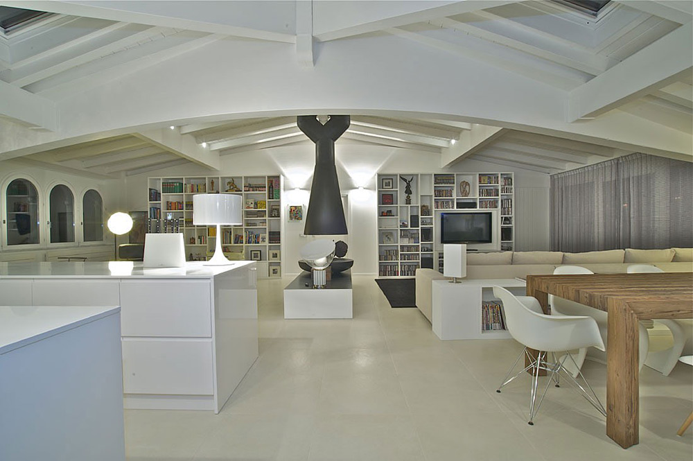 Penthouse in Sondrio, Italy by Fabio Gianoli
