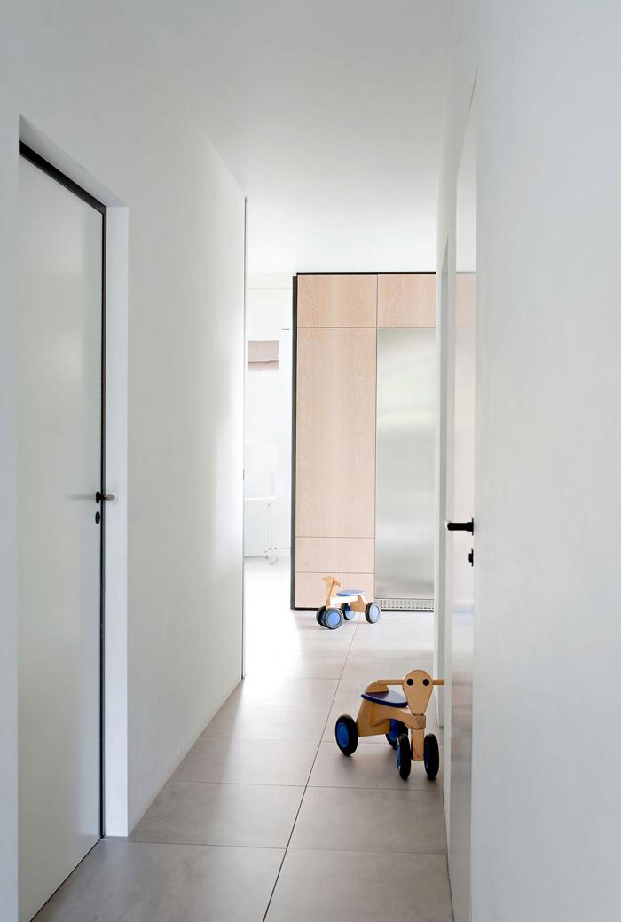 Gerrit Rietveld Bungalow by Remy Meijers