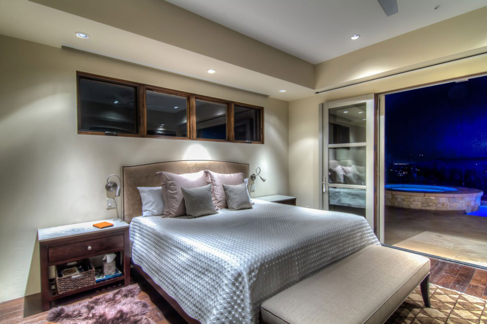 Bedroom, Shanholt Residence by Brissette Architects