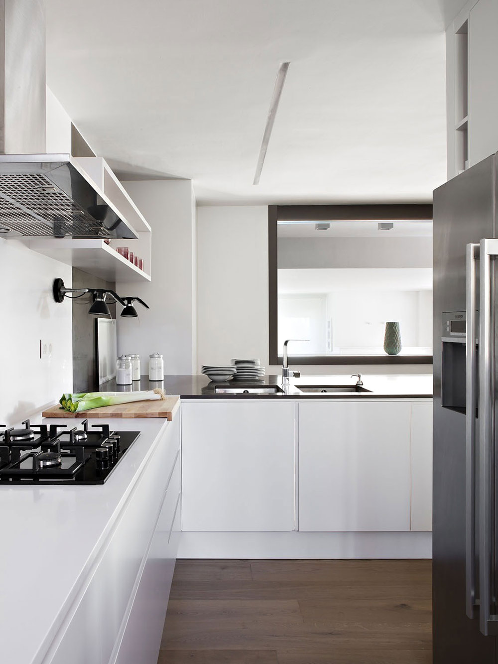 Kitchen, Vivienda en Llaveneres by Susanna Cots