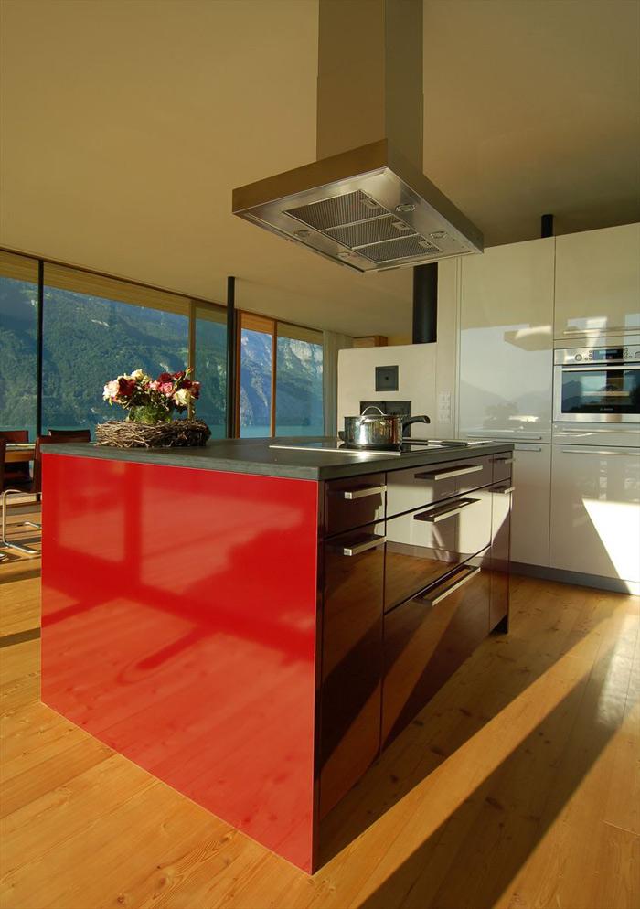 Kitchen, Wohnhaus Am Walensee by K_M Architektur