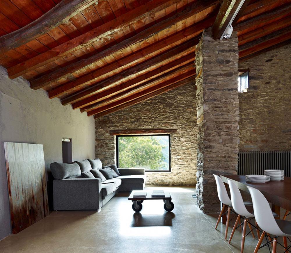 Dining & Living Space, Mas La Riba by Ferran López Roca Arquitectura