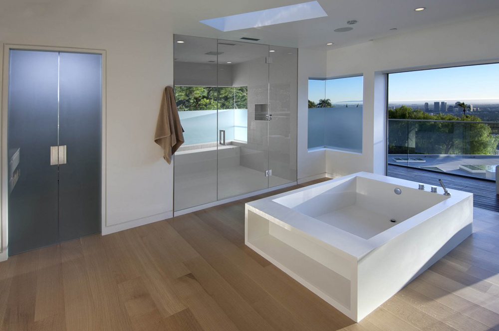 Bathroom, Doheny Residence, Hollywood Hills by Luca Colombo Design