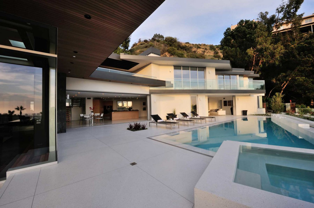 Pool, Jacuzzi, Doheny Residence, Hollywood Hills by Luca Colombo Design