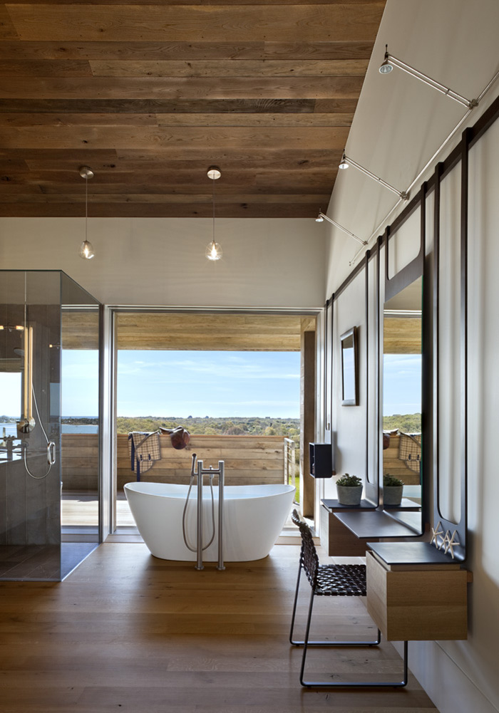 Bathroom, Genius Loci by Bates Masi Architects