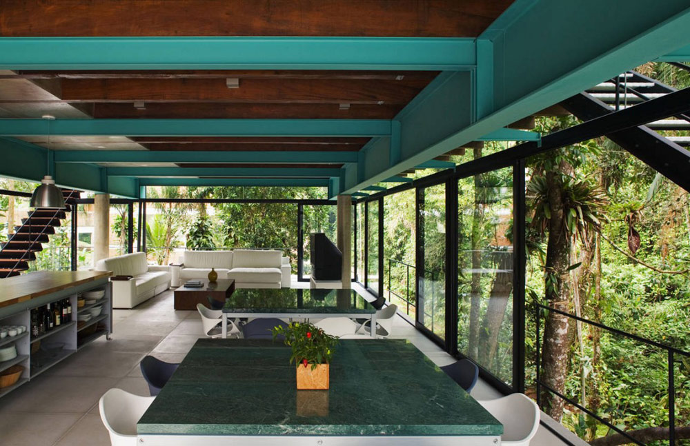 Dining Space, House in Iporanga,Brazil by Nitsche Arquitetos Associados