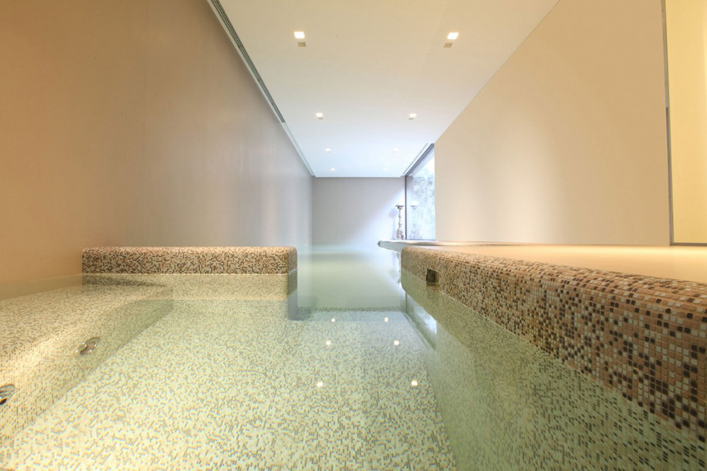 Indoor Pool, House in Sassuolo by Enrico Iascone Architetti