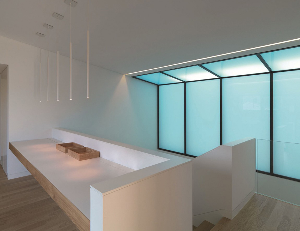 Landing, House in Sassuolo by Enrico Iascone Architetti