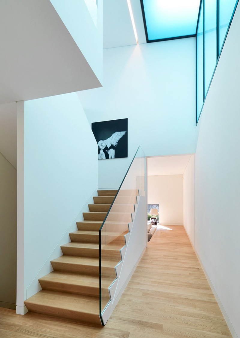 Staircase, House in Sassuolo by Enrico Iascone Architetti
