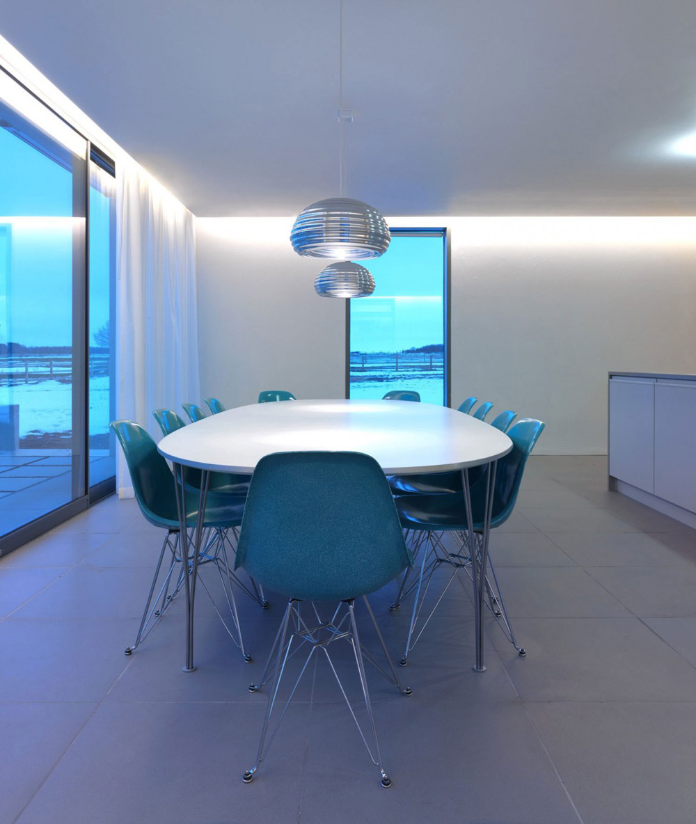 Dining Space, The Long House by Hopkins Architects