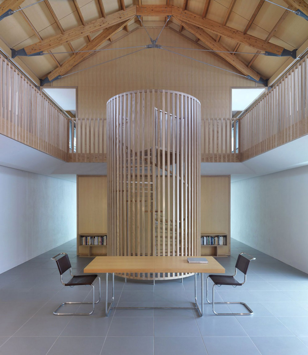 The long house norfolk uk by hopkins architects for Architecture spiral staircase
