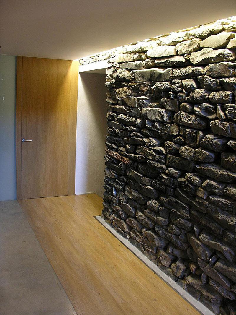 Stone Wall, Mas La Riba by Ferran López Roca Arquitectura