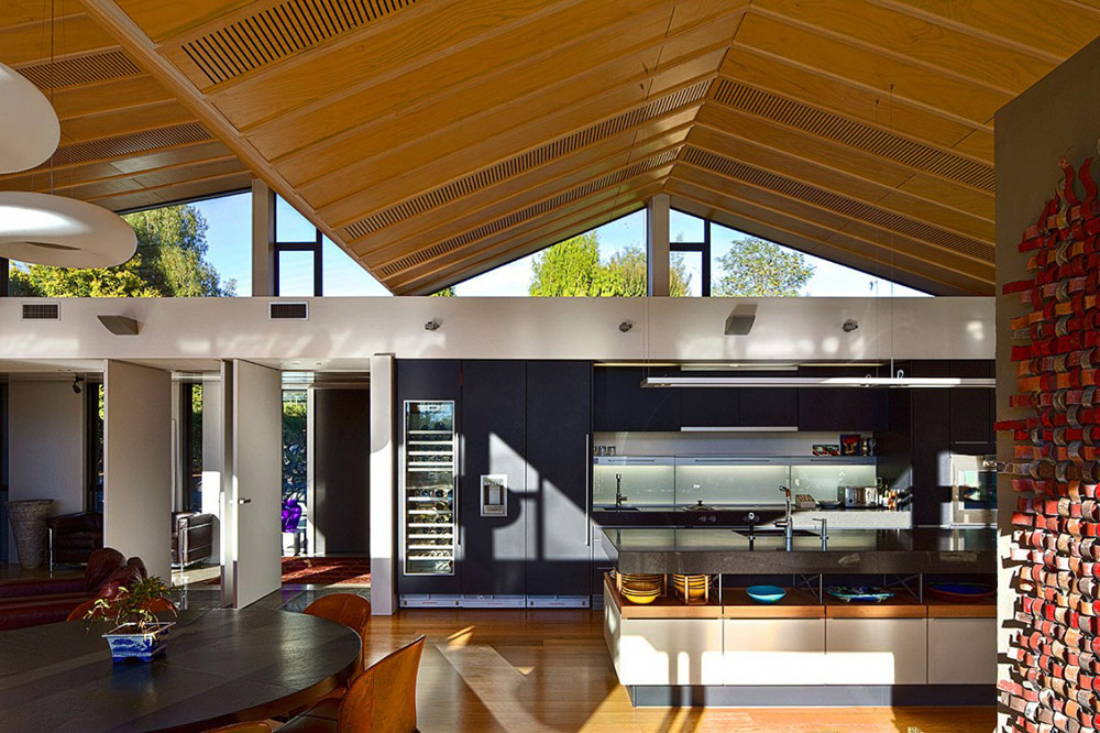 Kitchen, Mountain Range House by Irving Smith Jack Architects