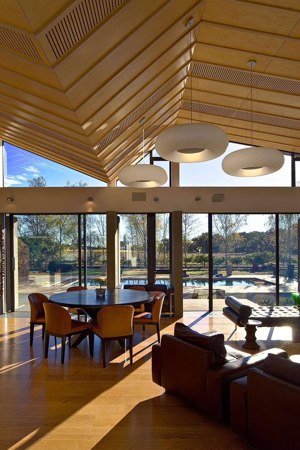 Open Plan Living, Mountain Range House by Irving Smith Jack Architects