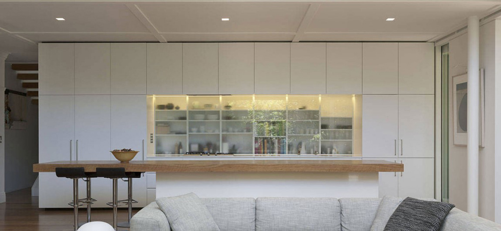 Kitchen, Skirt + Rock House by MCK Architects