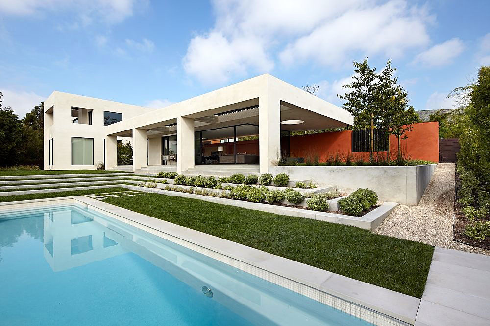 Three wall house los angeles by kovac architects - Indoor swimming pool in los angeles ...
