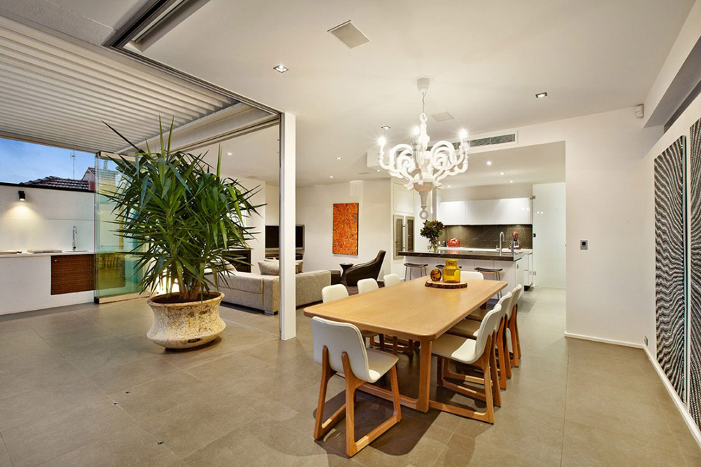 Dining Space, Top of the Hill Residence in Melbourne, Australia