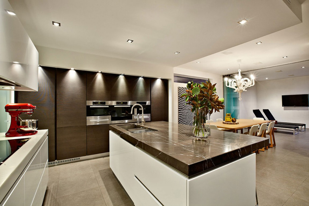 Kitchen, Top of the Hill Residence in Melbourne, Australia