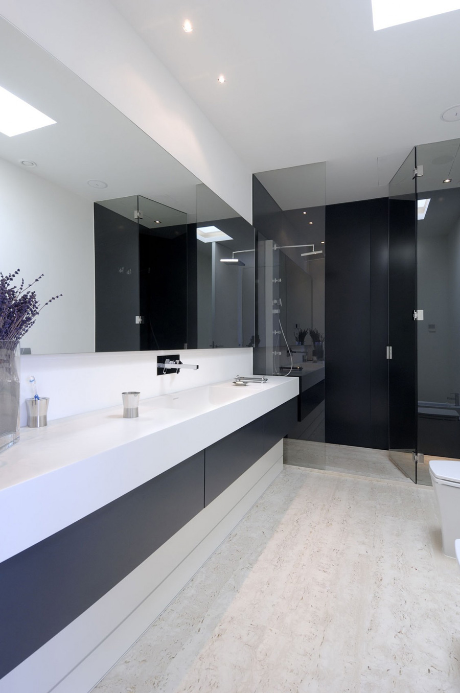 Bathroom, The Vivienda 19 by A-cero
