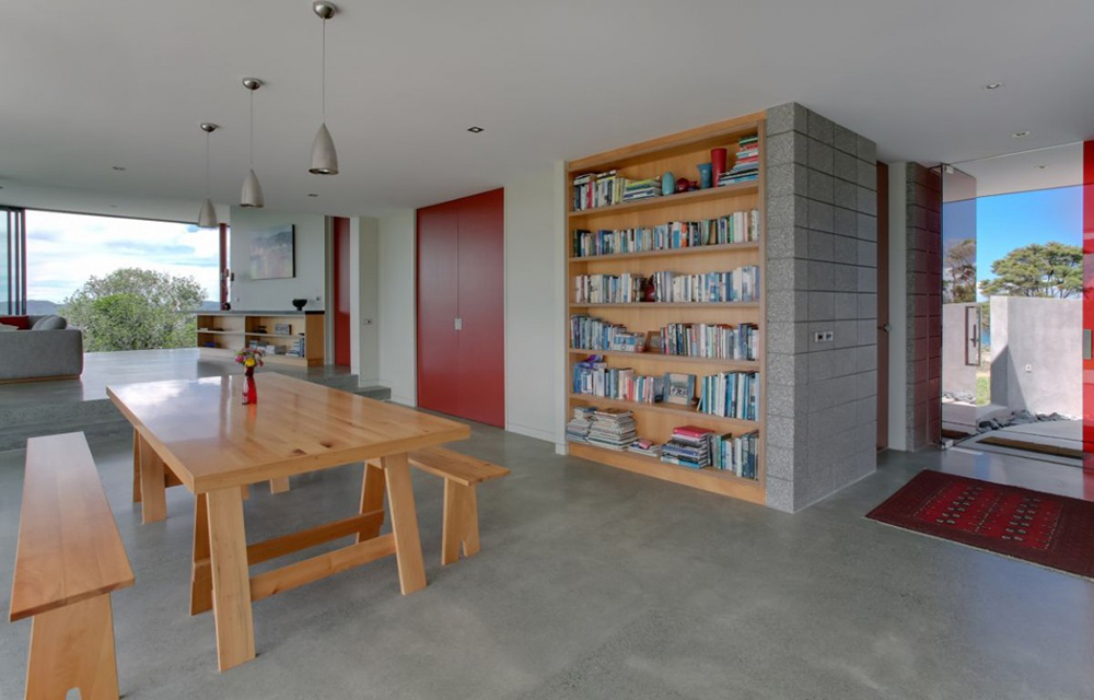 Bookshelf, Bourke House, New Zealand by Pacific Environments Architects