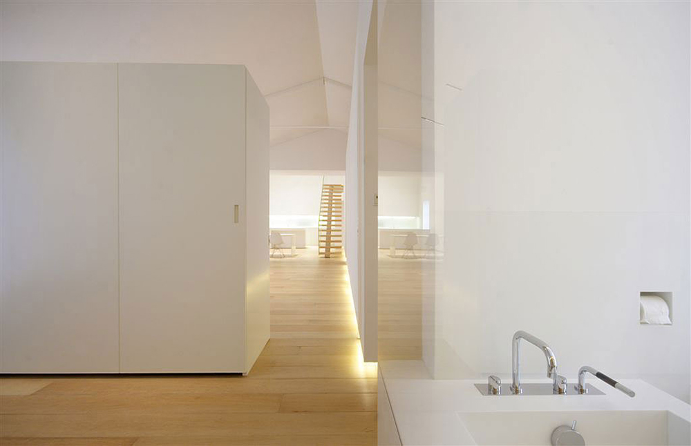 Bedroom & Bathroom, Glass Wall, Como Loft, Milan by JM Architecture