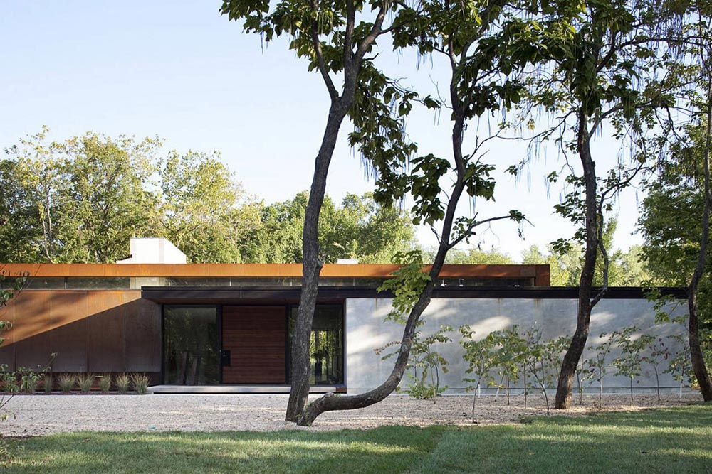 Heavy Metal Residence, Missouri by Hufft Projects