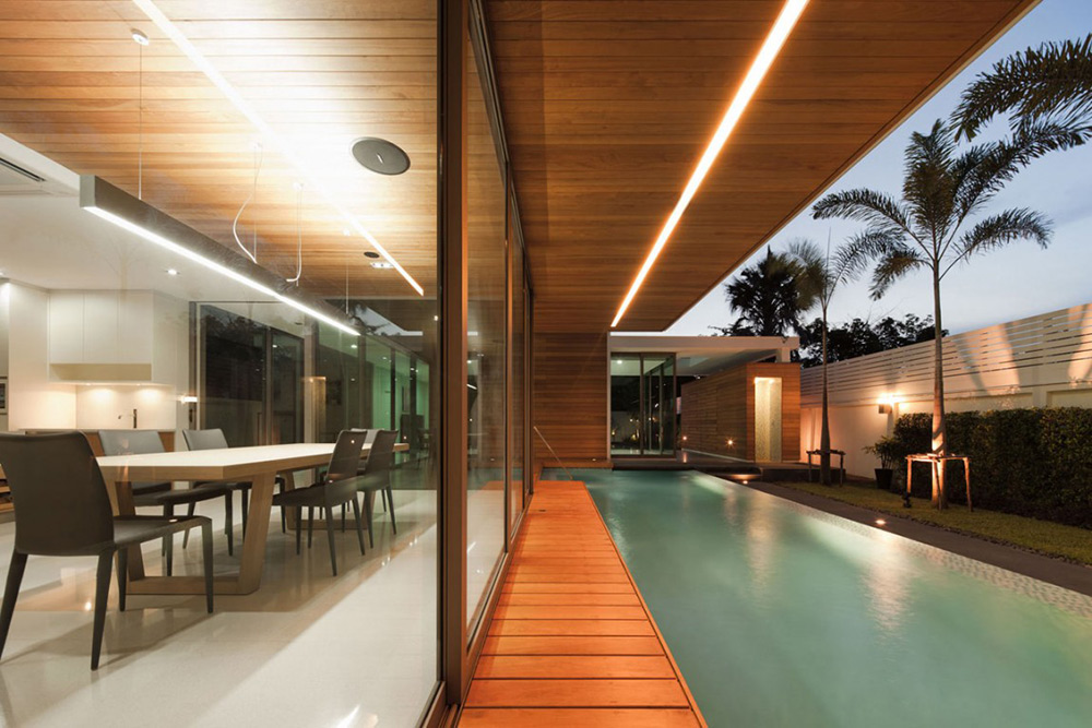 Glass Walls, Pool, L71 House, Bangkok, by OFFICE [AT]