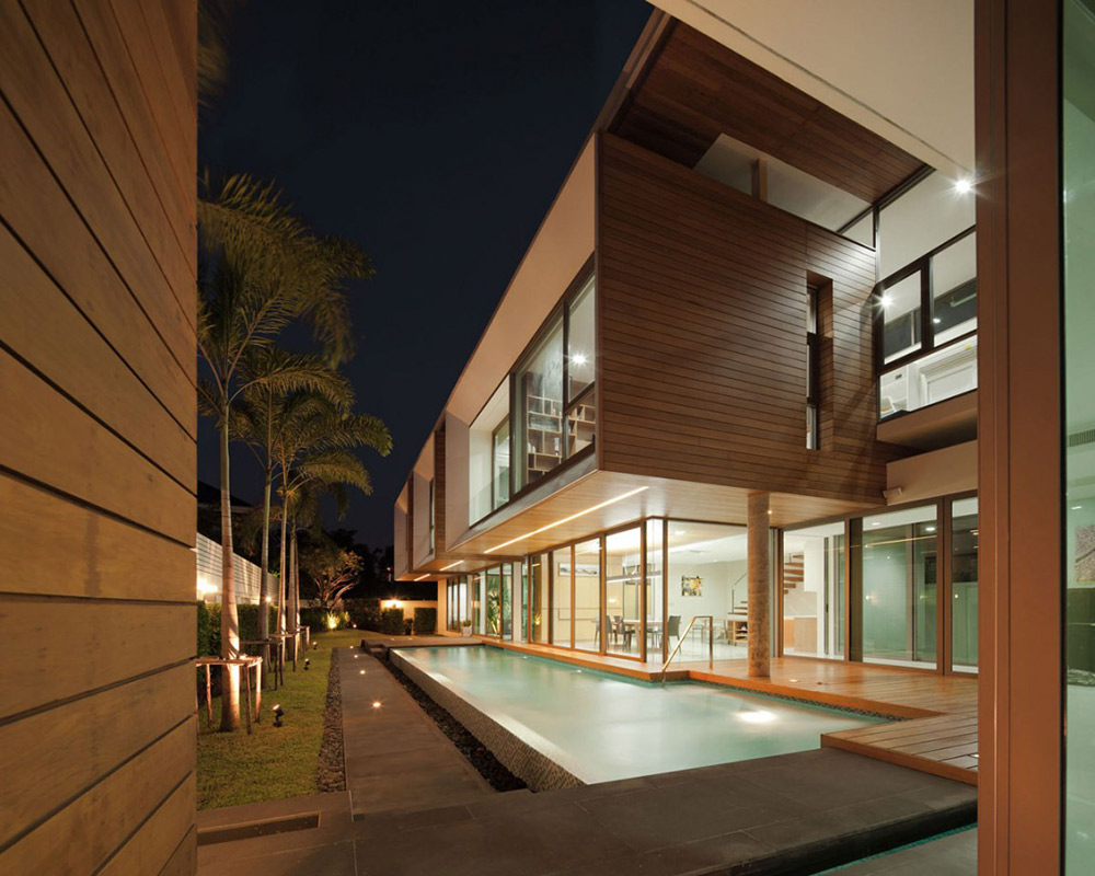 Pool in the Evening, L71 House, Bangkok, by OFFICE [AT]
