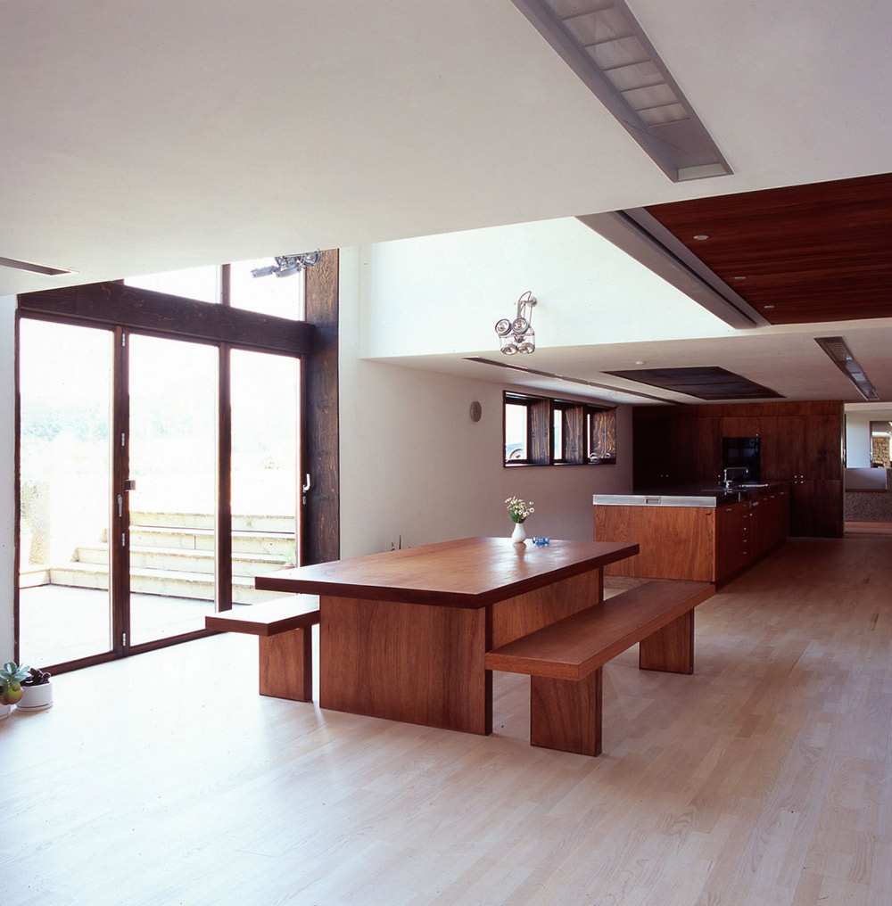 Dining, The Long Barn by Nicolas Tye Architects