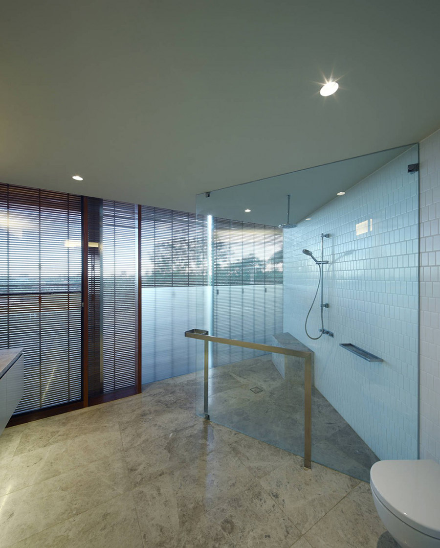 Bathroom, Rosalie Residence, Brisbane by Richard Kirk Architects
