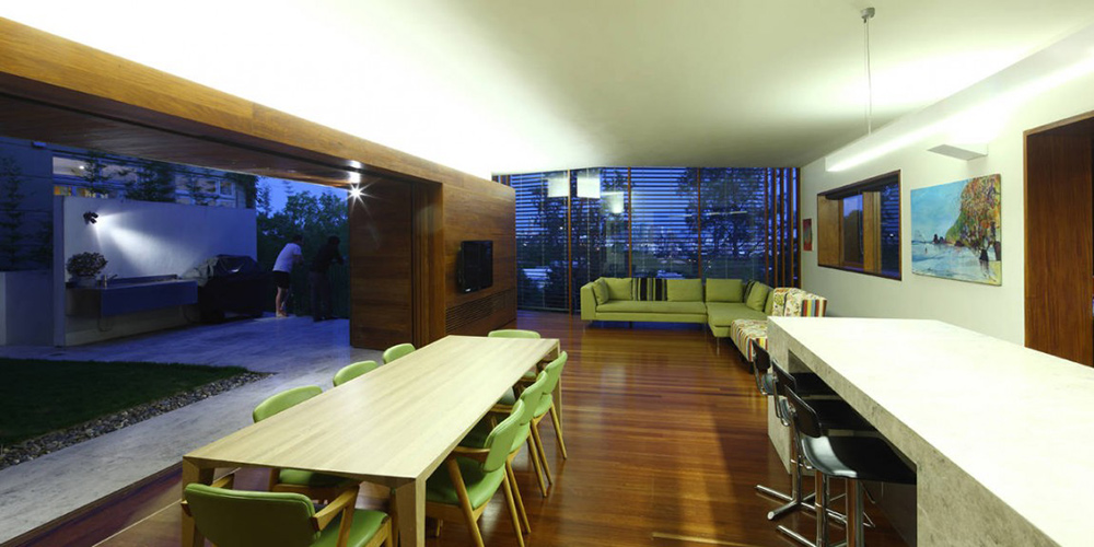 Dining & Kitchen, Rosalie Residence, Brisbane by Richard Kirk Architects