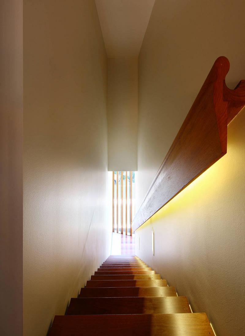 Stairs rosalie residence brisbane by richard kirk architects - Residence rosalie richard kirk architects ...