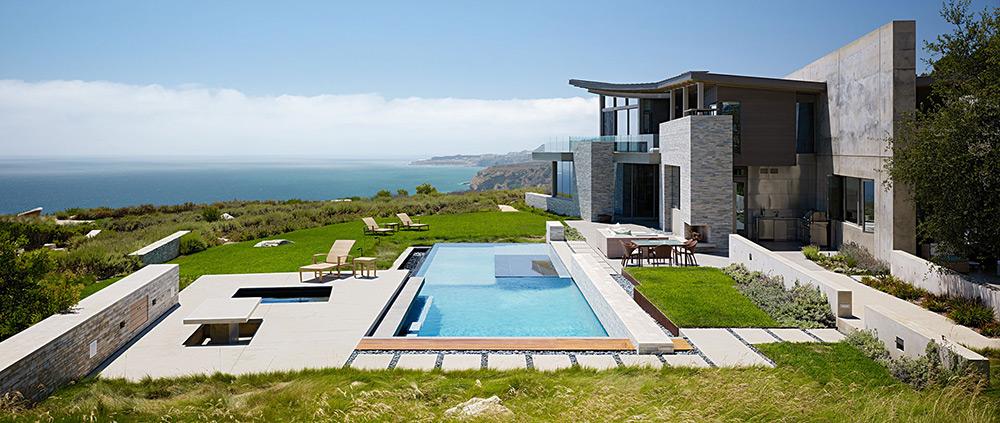 Pool, Sea Views, Altamira Residence, California by Marmol Radziner